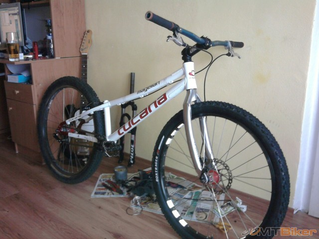 trosku bike.jpg