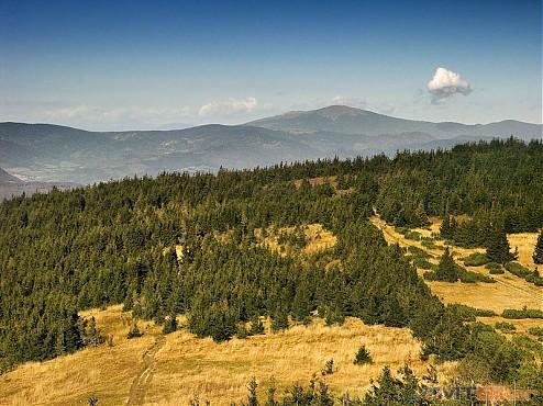 CV_volovec_pohlad-na-kralovku (foto hiking.sk).jpg