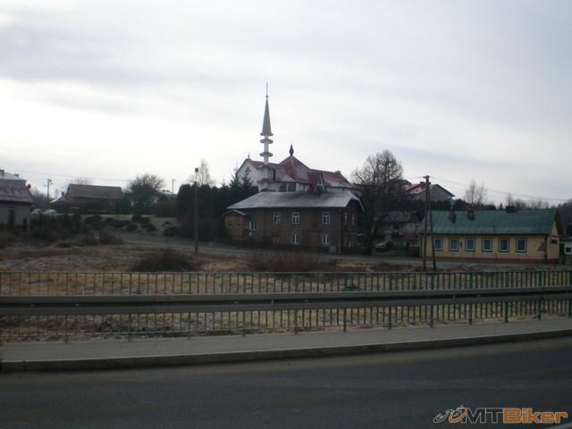 16.nebude toto minaret ..ale v polsku...asi nie.jpg