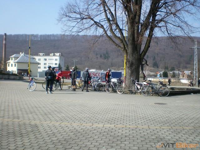 2.balturs dnes mali otvorenie bikesezony tak som ich prisiel podporit...jpg