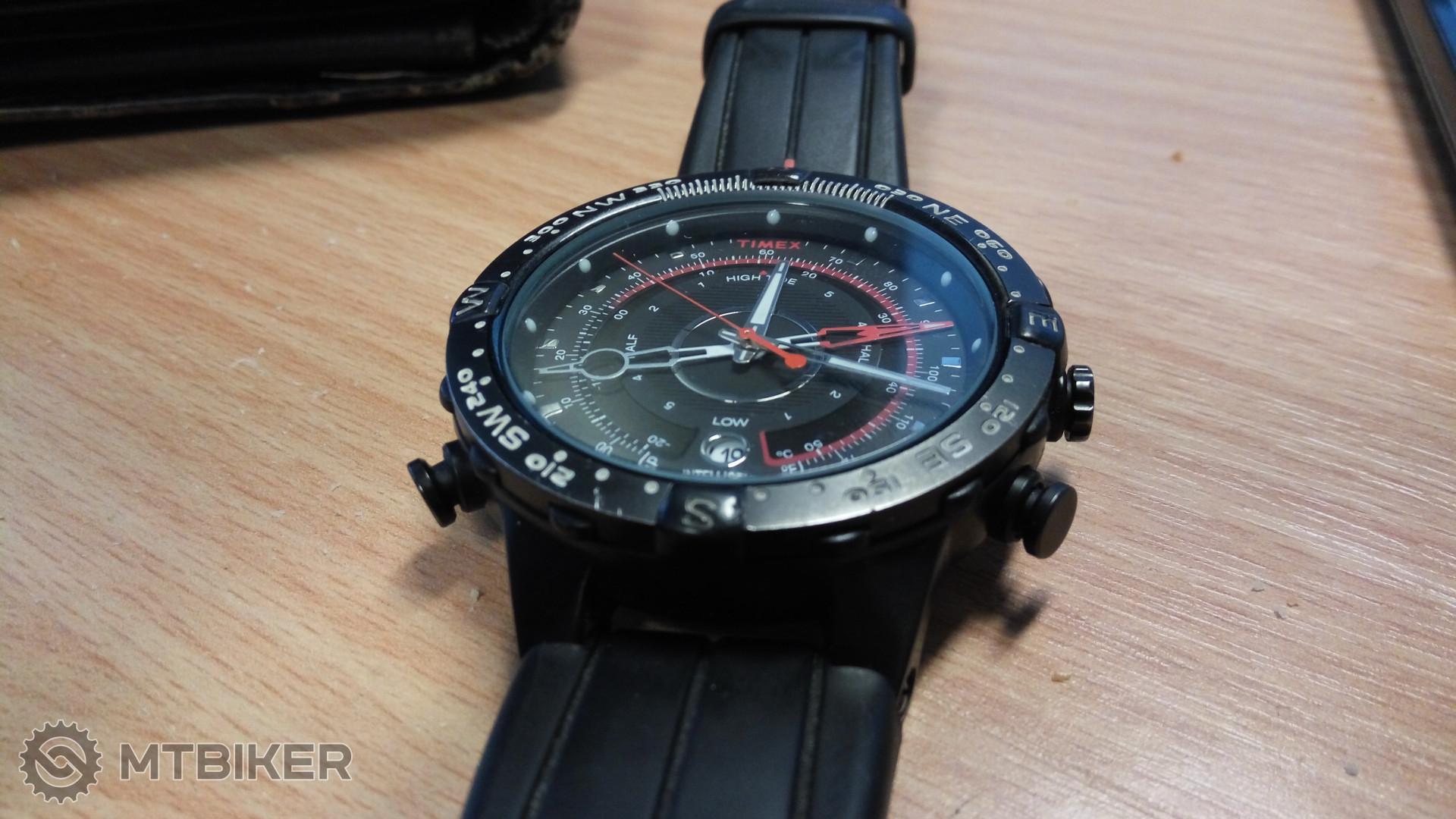 Aké hodinky majú bajkeri   - Príspevok od Svanci  bfd0a43333c