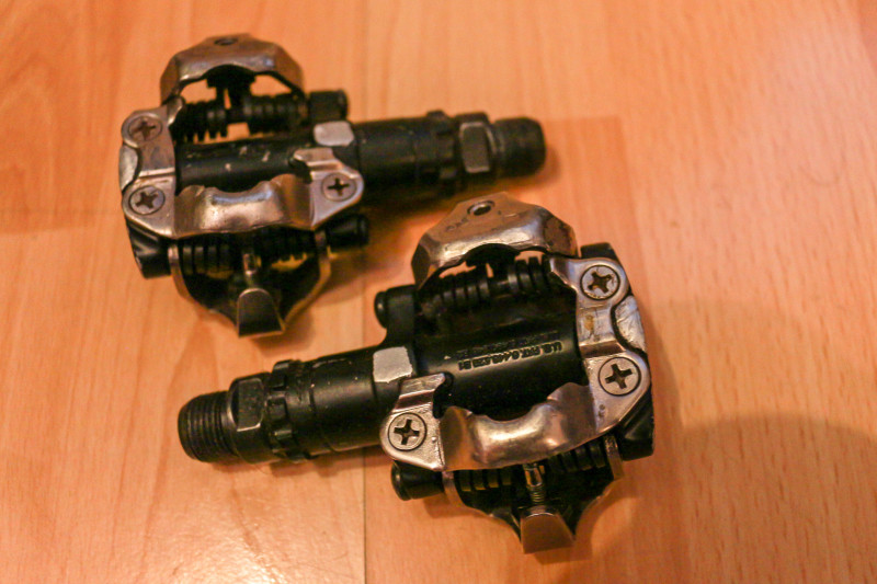 Shimano PD-M520 SPD (1 of 3).jpg