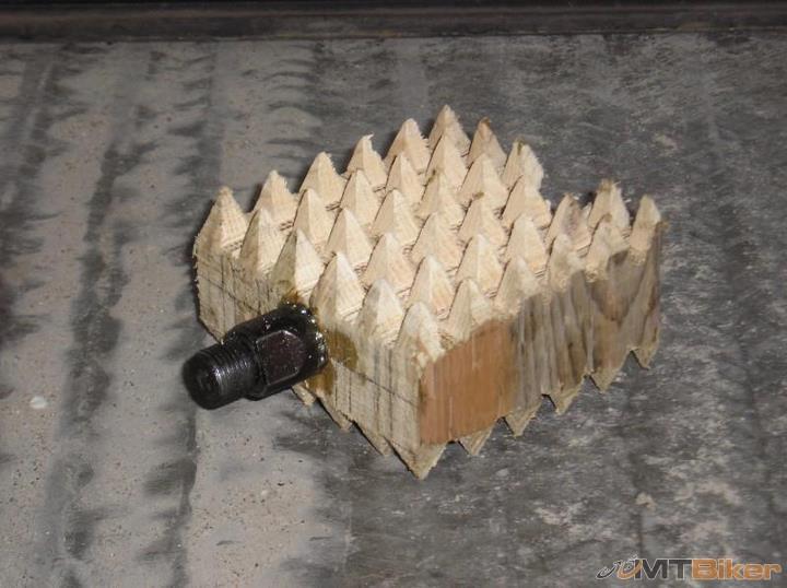 mtb-wooden-pedal.jpg