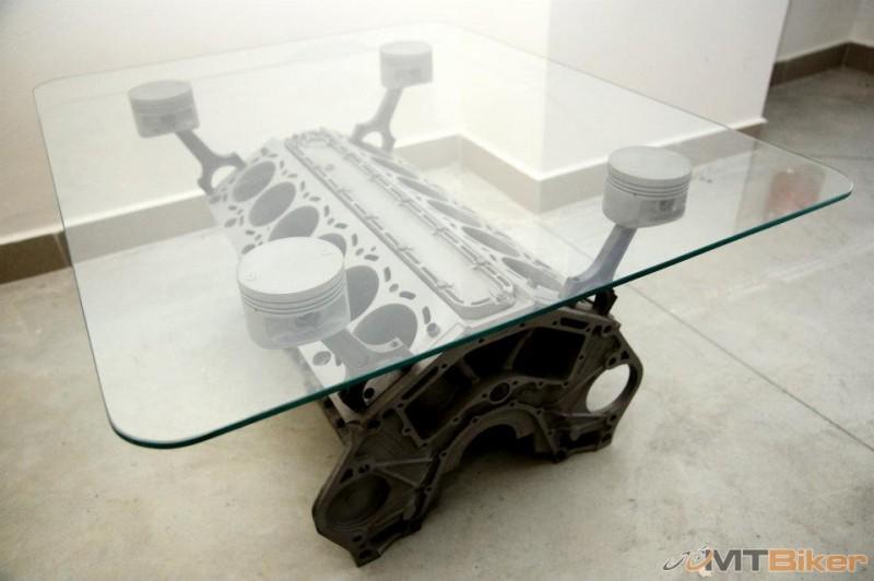 stolik.jpg