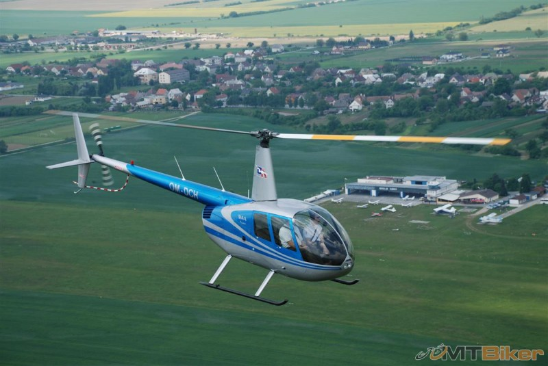 vrtulník1.JPG