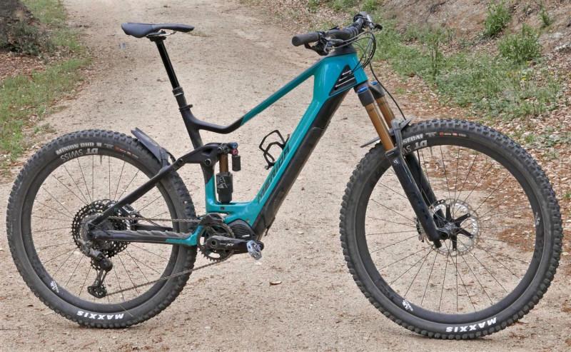 2020-Merida-eOne-Sixty-enduro-eMTB_160mm-carbon-mixed-wheel-size-all-mountain-trail-e-bike_complete.jpg