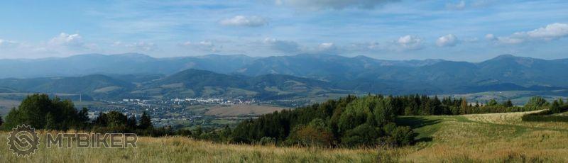 Panoráma Nízke Tatry.jpg