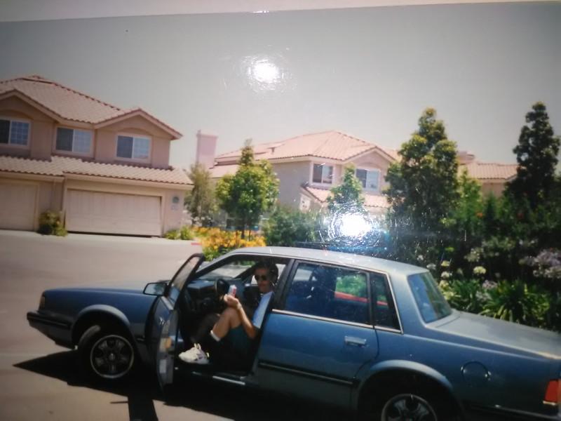 neekologické auto Chevrolet Celebrity - objem 2,8 litre, spotreba 12 litrov.jpg