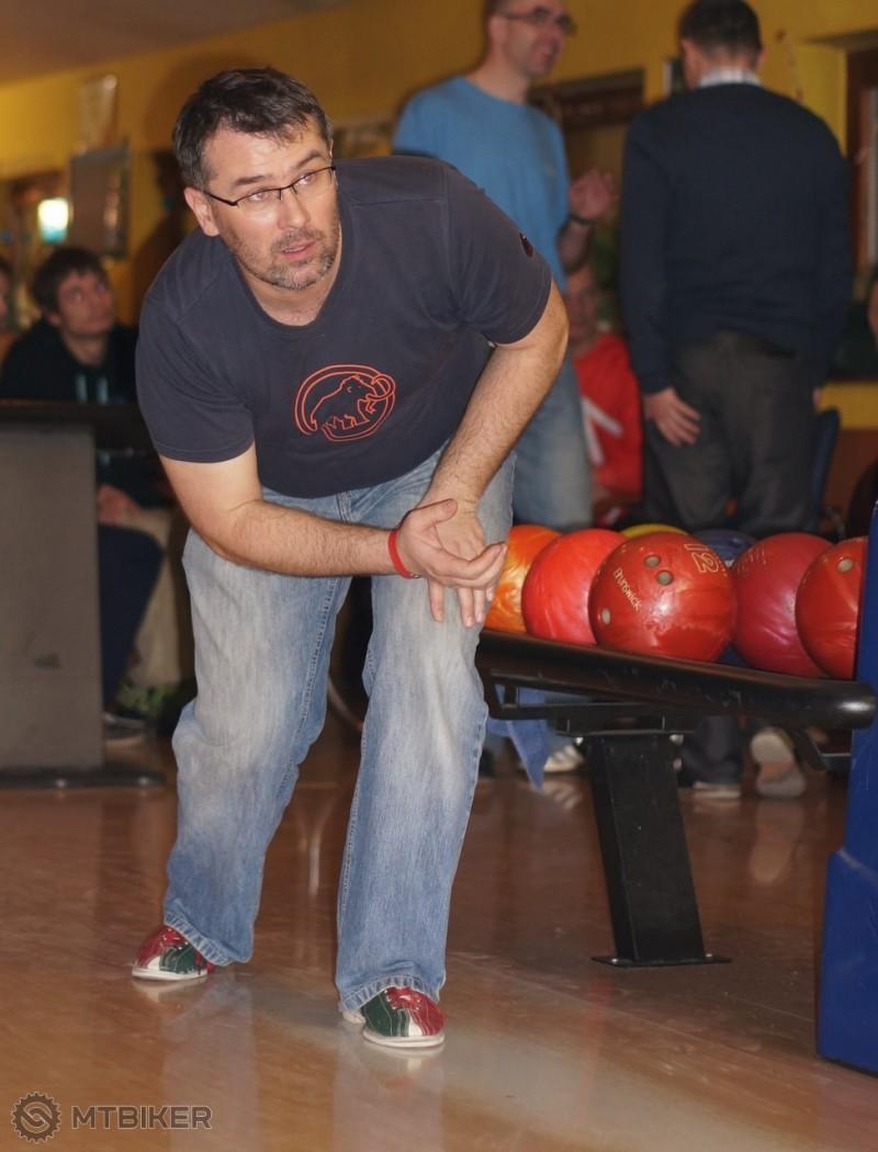 Stefi bowling_45.jpg