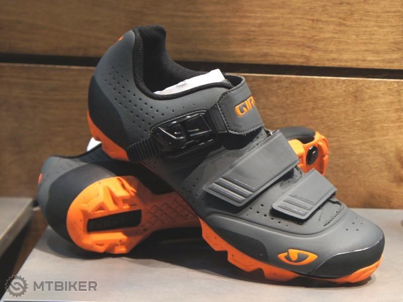 Giro-Privateer-R-1-800x600.jpg