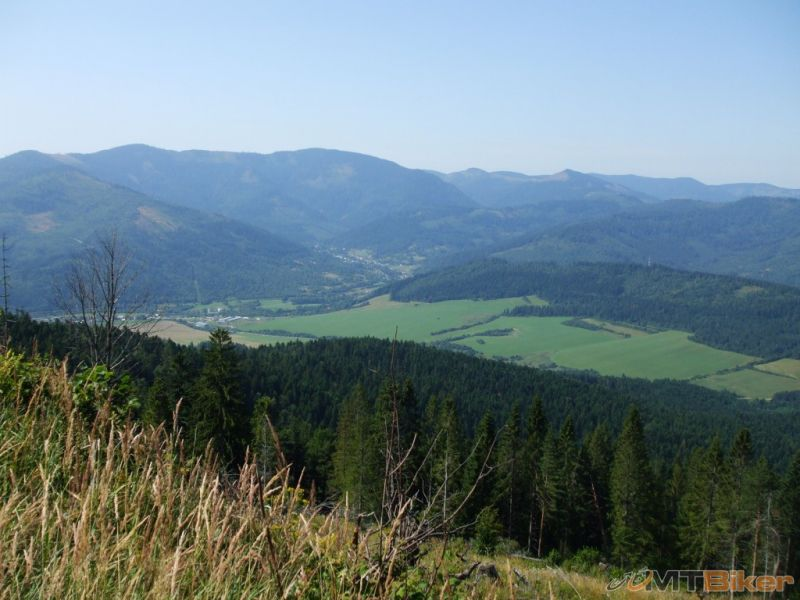 CV_bukovec_pohlad-na-volovske-vrchy-spod-vrchola-.jpg