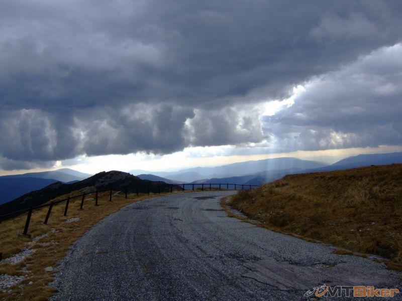 CV_kralovka_cestou-zo-sumaica-v sedle-snehova-jama_2008okt-.jpg