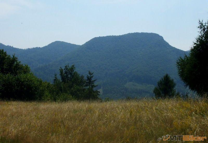 CV_smolej_folk-skala-ako-stolova-hora_2013jul-.jpg