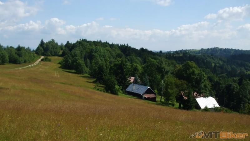 karpatiatour2013_na-hrebeni-javornikov-.jpg