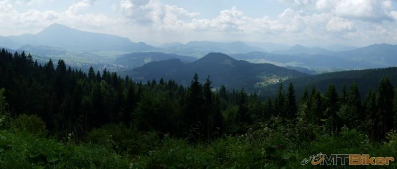 karpatiatour2013_chocske-vrchy-z-kubinskej-hole-.JPG