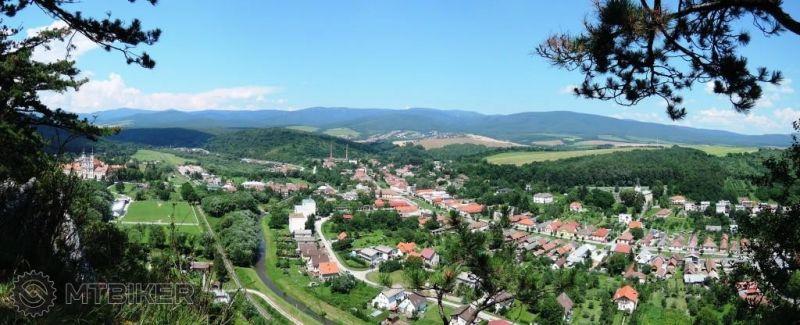 CV_jasovska-skala_severna-panorama_2014jul.JPG