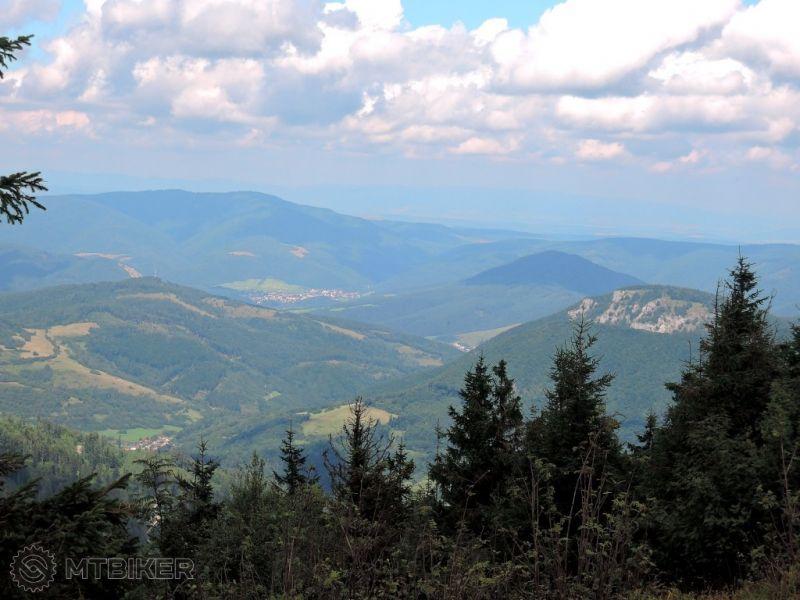 CV_kojsovka_pohlad-na-sever(cierna-hora-folkmar-skala-kojsov-margecany)_2014aug.JPG