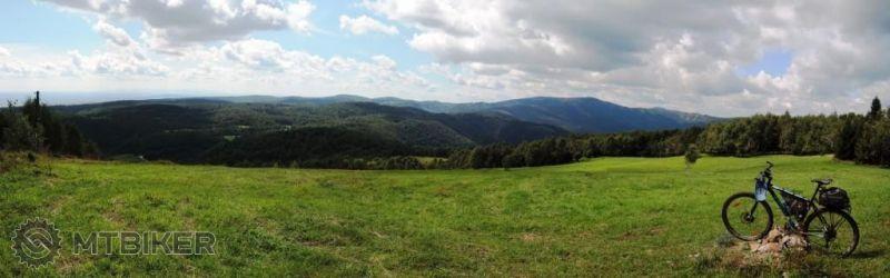 CV_jeleni-vrch-zapadna-panorama_2014aug-.JPG