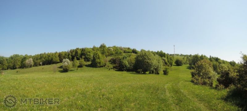 -CV_jeleni-vrch_panorama-spod-vrcholu_2015maj.JPG