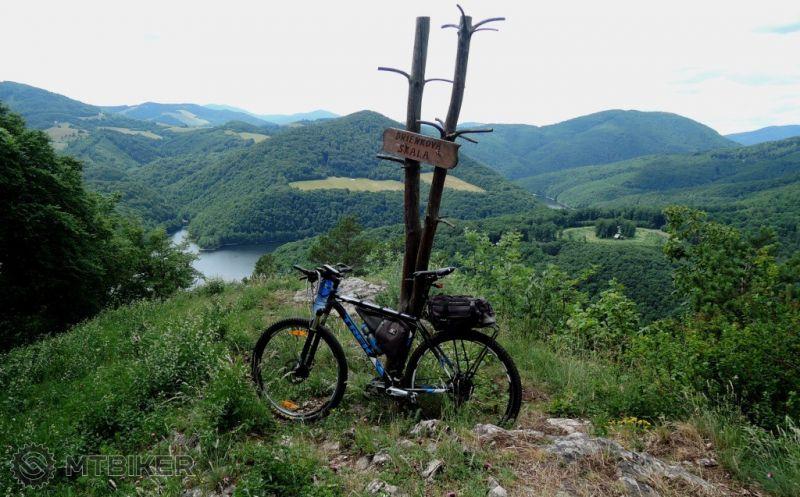 CV_drienkova-skala_na-vrchole-530m_2015jun.JPG