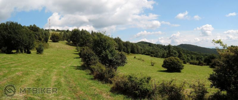 SK_pod-jelenim-vrchom-panorama_2014aug.JPG