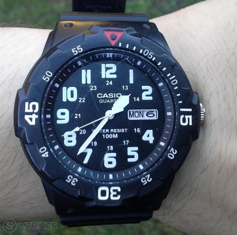 hodinky (Large).jpg