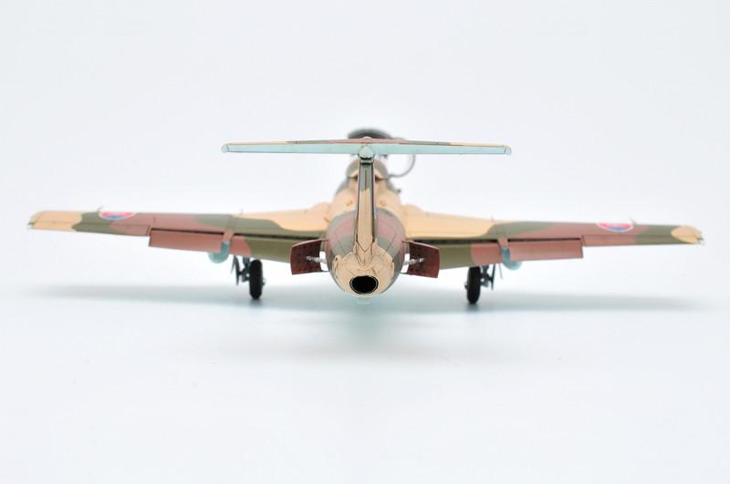 L-29-f-08.jpg