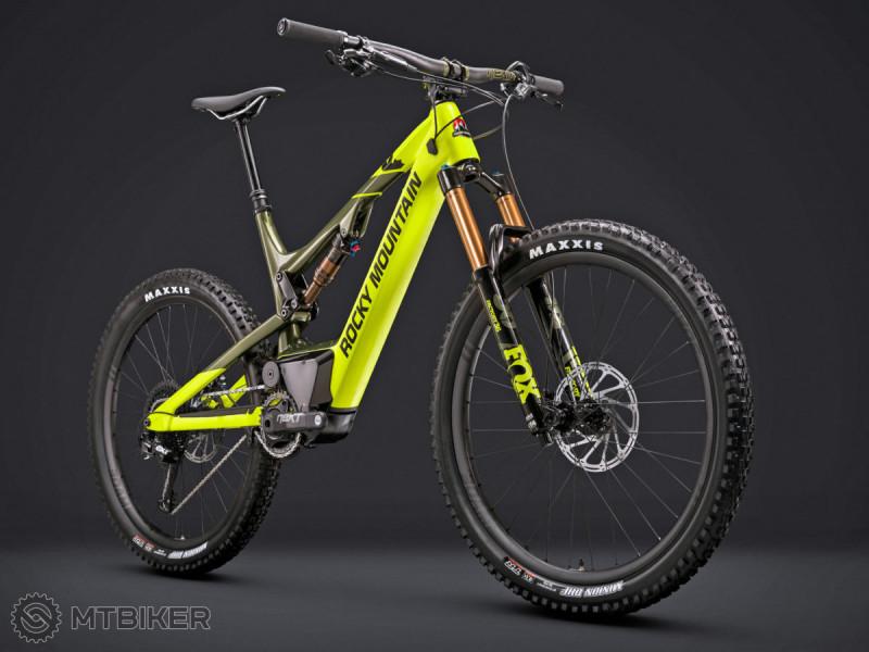 Rocky-Mountain_Altitude-Powerplay_eMTB_e-bike-trail-full-suspension-carbon-all-mountain-bike_front.jpg