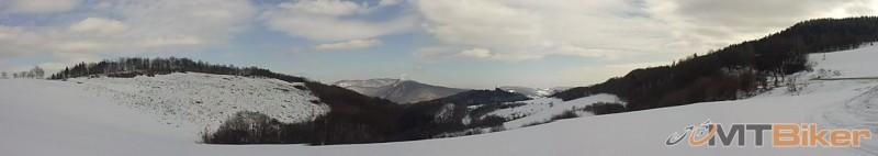 panorama nad folkmarom smer kosice.jpg