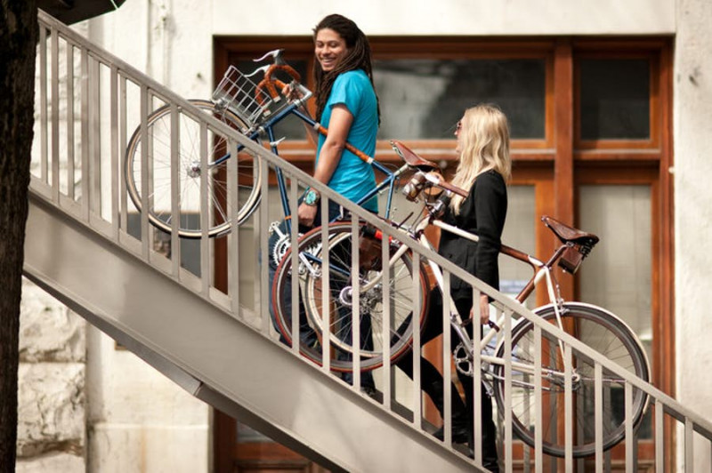 bicycle-frame-handle-walnut-kickstarter-1.jpg